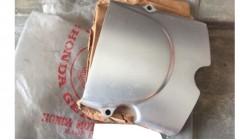 CB100 | CL100 | SL100 | SL125 NOS Honda Cover Left Crankcase