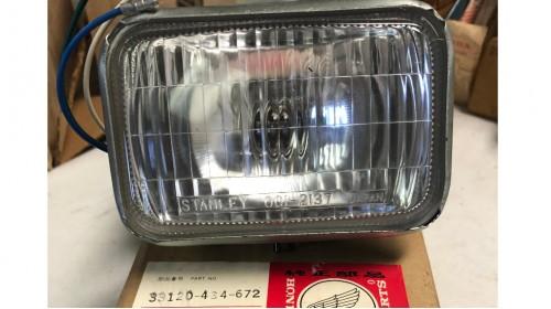 XR185 | XR250 | XR500 NOS Honda Stanley Headlight