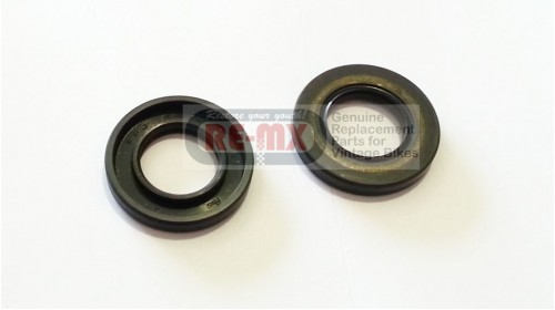 CR125 | MT125 | MR175 | MT125R NOS Honda Oil Seal 25x45x7 Crank